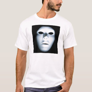 Spöklikt ansikte i Dark.jpg Tee Shirts