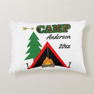 Sportigt campa Campfiretältnamn Prydnadskudde