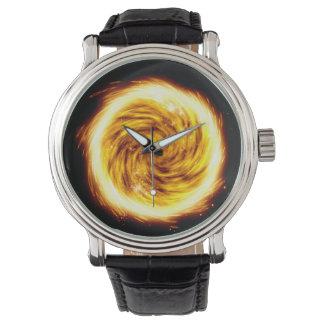 Sprängt avfyra orbklockan armbandsur