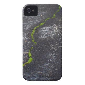 Spricka 4/4s BarelyThere iPhone 4 Skal