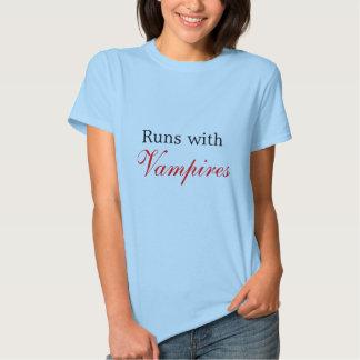 Springor med, vampyrer tröjor