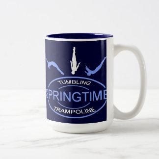 Springtimetumbling- och Trampolinemugg Två-Tonad Mugg