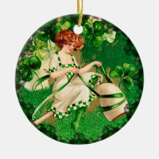 St. Liten pastej prydnad för dagflicka Julgransprydnad Keramik