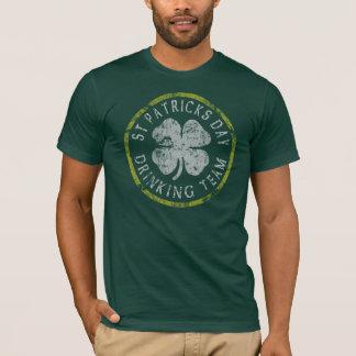 St patricks day som dricker skjortor för lag t tshirts