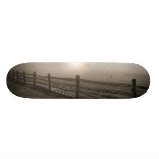 Staket och Sunburst till och med dimma nära Sharon Skateboard Bräda 20,5 Cm