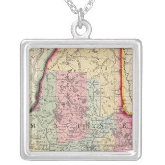 Ståndsmässig karta av det statligt av Maine Silverpläterat Halsband