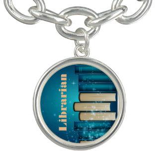 Staplat armband för bokdesignberlock