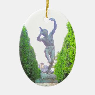 Statyn av panorerar, den Luxembourg trädgården, Julgransprydnad Keramik