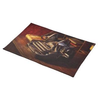 Steampunk - Olivers maskinskrivningmaskin Bordstablett