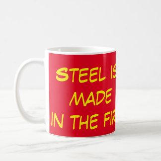 Steel göras i avfyramuggen kaffemugg
