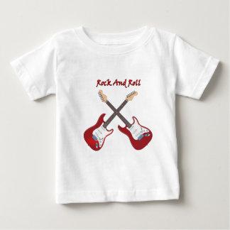 Sten - och - rulle med två röda elektriska tee shirt