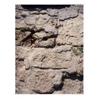 Stenarna från limestonen på stranden vykort
