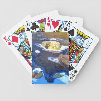 Stenig flod för isig spelkort