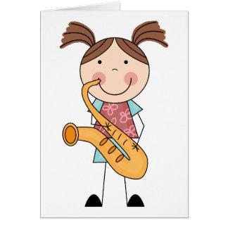Stick figurflicka med saxofonen hälsningskort