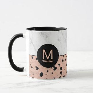 Stilfull marmor och rosa guld med monogramen