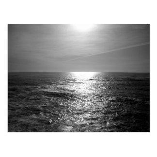 Stilla hav i monokrom vykort