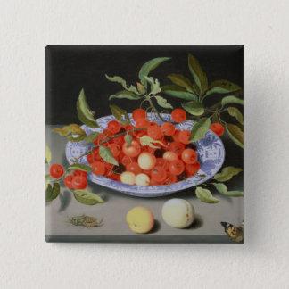 Stilleben av körsbär och persikor standard kanpp fyrkantig 5.1 cm