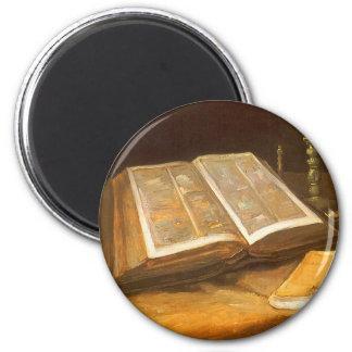 Stilleben med bibeln av Vincent Van Gogh Magnet