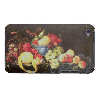 Stilleben med frukt i den Delft bunken, däribland  Barely There iPod Hud