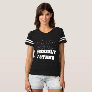 Stjärnor Proudly står jag den mörka T-tröja Tröjor