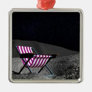 Stol på månen julgransprydnad metall