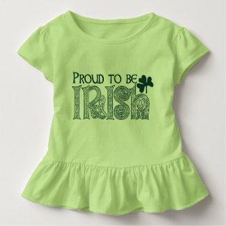 Stolt att vara irländskt, Celtic fnurra för st T Shirts