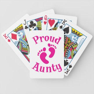 stolt aunty med gullig fot spelkort