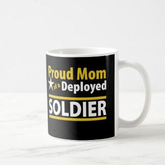 Stolt mamma av en utplacerad soldatmugg kaffemugg