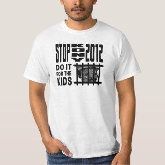 Stoppet Kony 2012 - gör det för UNGARNA Tshirts