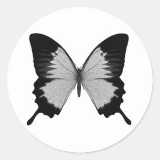 Stor grå färg- & svartfjäril runda klistermärken