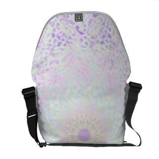 (Stor) pastellfärgad Mandala för mjuk kärlek, Messenger Bag