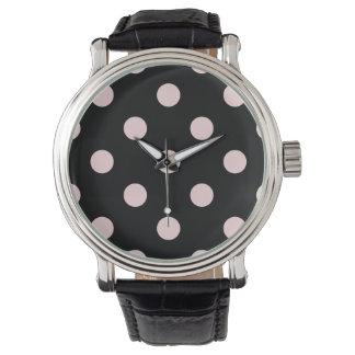 Stor polka dots - blek - rosor på svart armbandsur