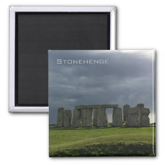 Stormen fördunklar över Stonehenge Magnet