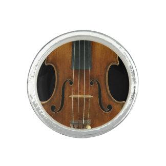 Stradivari närbild ring