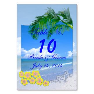 Strand och blå himmel som gifta sig bordkortet bordsnummer