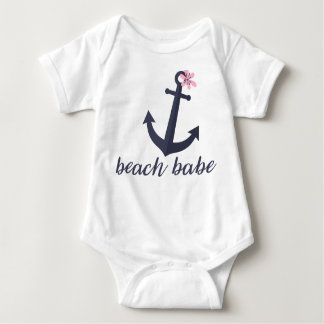 StrandBabe - babydräkt. Ankra. Nautiskt. Funny. Tee Shirt