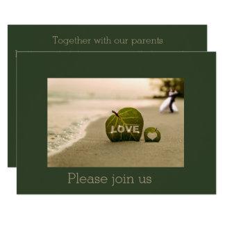 Strandbröllopinbjudan med kärlek 12,7 x 17,8 cm inbjudningskort