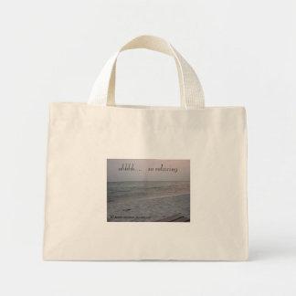 stranden är       ahhhh….,   så koppla av mini tygkasse