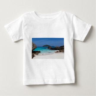 Stranden och turkos för Similan vitsand slösar Tee Shirt