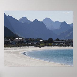 Stranden på Ramberg är berömd för dess vit 2 Print
