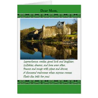 Sts Patrick dag för mamman, dikt, slott, Shamrocks Hälsningskort