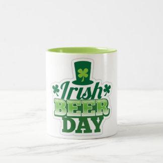 Sts Patrick dag Två-Tonad Mugg
