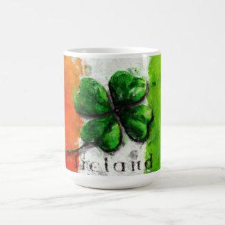 Sts Patrick dag - vattenfärgklöverIrland flagga Kaffemugg