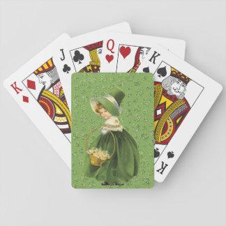 Sts Patrick löv för dagklöver som leker kort Spelkort