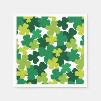 Sts Patrick mönster för dagShamrock Pappersservett