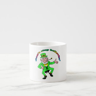 Sts Patrick troll för dag | stoppar inte Believin Espressomugg