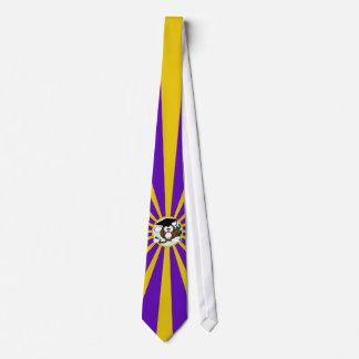 Studentenugglan med lilor och guld skolar färger slips