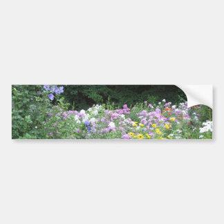 Stugaträdgård - blommor och skogen bildekal