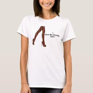 Stygg flickaktigt rolig choklad/Hus-av-Grosch T-shirt
