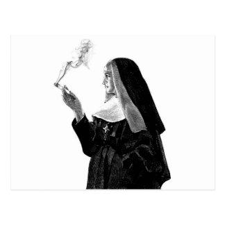Stygg röka nunna vykort